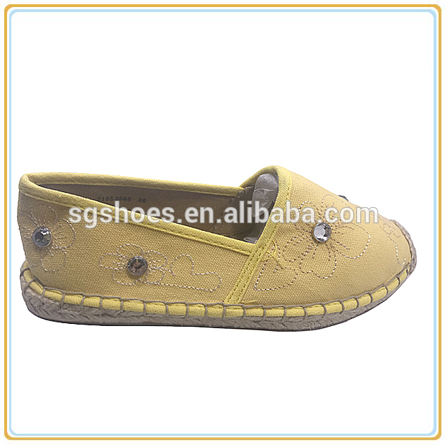 97052a92f High quality China factory OEM canvas shoes rubber sole espadrille